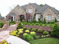 Garden Landscape Designs with Various Appeals. You can get ideas for a formal, light, refreshing, or whatever type of garden atmosphere you want.