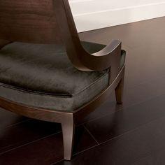 Fenn chair close-up #tondelli #lorenzotondelli #collezionelorenzotondelli #lorenzotondellicollection #milano #furnishing #furniture #architecture #interiordesign #design #interiors #mirror #lamp #lighting #light #reflection #homedecor #sculpture #living #livingroom #bronze #velvet #gold #wood #leather #decoration #chair #armchair #sofa #table