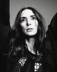 Winona Ryder wearing Marc Jacobs Fall Shot by Norman Jean Roy and styled by Victoria Bartlett for New York Magazine August 2016 Winona Ryder, Pretty People, Beautiful People, Norman Jean Roy, Winona Forever, Liv Tyler, Facon, Portrait, American Actress