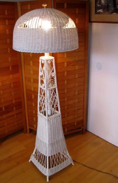 Victorian style vintage wicker floor lamp by robinstreasurechest