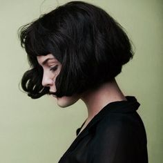 cute bob dark hairstyle
