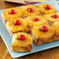 Classic Pineapple Upside-Down Cake Recipe from Taste of Home -- This classic recipe is delicious with the traditional pineapple, but you could try it with peaches or a combination of cranberries and orange. Classic Pineapple Upside-Down Cake Recipe i Köstliche Desserts, Delicious Desserts, Dessert Recipes, Yummy Food, Cake Recipes, Upside Down Desserts, Bolo Fit, Classic Cake, Classic Recipe