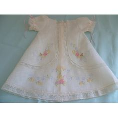 Angelita - Bebé Primor | Ropa para niños y niñas | Puerto Rico Vintage Baby Dresses, Little Girl Dresses, Sewing Baby Clothes, Baby Sewing, Frocks For Girls, Baby Couture, Christening Gowns, Heirloom Sewing, Puerto Rico