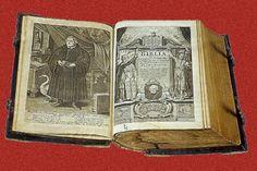 """""""Lutherbijbel"""" 1534. """"De eenheid van de Schrift, in Christus geconcentreerd, bepaalt de verhouding van Oud en Nieuw Testament. In beide gevallen gaat het om Hem"""" Dr. W. J. Kooiman: """"Luther en de Bijbel"""" blz.144"""