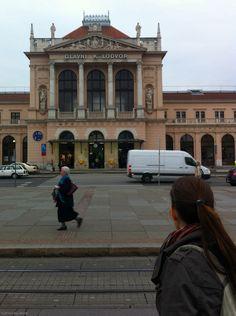 Central train station, Zagreb. #croatia #indierail