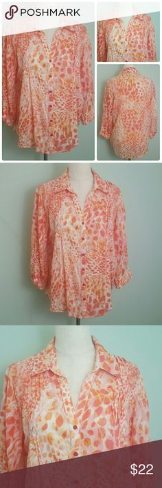 V-neck Button down Blouse Light weight, 3/4 sleeve blouse. Sleeve can be buttoned up. Bust 44 inches. Length 27 inches. Sleeve 17.5 inches Gloria Vanderbilt Tops Button Down Shirts