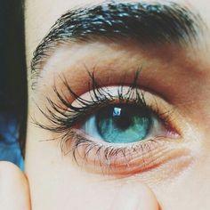 Blue green eyes of the sea Beautiful Eyes Color, Stunning Eyes, Pretty Eyes, Cool Eyes, Rare Eyes, Aesthetic Eyes, Human Eye, Eye Photography, Street Photography