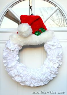 Felt Santa Wreath @ Twodaloo