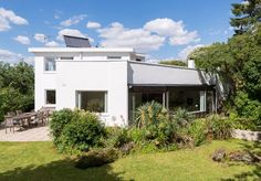 On the market: 1960s modernist property in London SW16