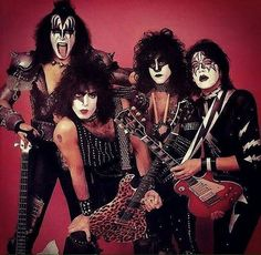 """KISS  """"Creatures of the night''"""