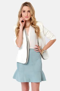 The Pressed Flowers Light Blue Trumpet Skirt is prim and proper, and fits with a flared, trumpet hemline. Corporate Wear, Office Fashion, Business Fashion, Business Casual, Australian Style, Bank Fashion, Light Blue Skirts, Interview Attire, Spring Girl