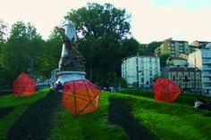 Fin, installation pour l'inauguration de la 2eme ligne de tram. Saint-Etienne. Association 1.8. Architecture, Painting, Design, Art, Fishing Line, Arquitetura, Art Background, Painting Art, Kunst
