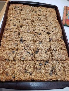In a little bit I will be taking these Oatmeal Hermit Bars to the volunteers at Hillcrest Platte County Thrift Shop. Oatmeal Raisin Bars, No Bake Oatmeal Bars, Oatmeal Breakfast Bars, Oatmeal Cake, Oatmeal Cookies, Pan Cookies, Sandwich Cookies, Shortbread Cookies, Dessert Bars