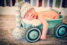 Foto de recién nacido Prop Baby Boy Elf Hat por MitziKnitz en Etsy