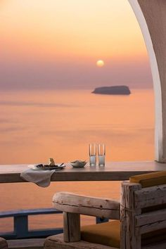 Beautiful Megalochori Sunset, Santorini Greece One of my favourite places in the world loved my time spent hear! Beautiful Sunset, Beautiful World, Beautiful Places, Romantic Places, Simply Beautiful, Oh The Places You'll Go, Places To Travel, Places To Visit, Dream Vacations