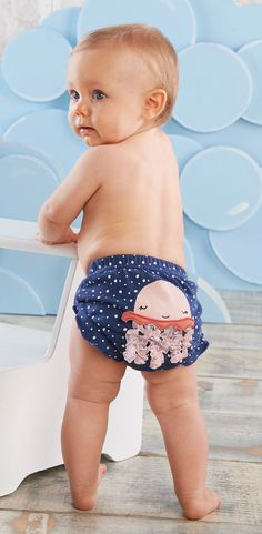 Whether you're looking for the perfect gift for an under the sea baby shower or you're a mom searching for a fun and stylish way to keep your baby's bum covered! Baby Shower For Men, Man Shower, Baby Aspen, Diaper Parties, Diaper Covers, Baby Shark, Baby Girl Gifts, Stork, Beach Trip