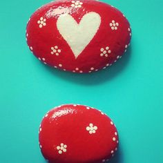 Painted Rock / Tablescape Set of 2 / Montana River Stone / Red & White Floral Heart /Southern Girl Out West / Stephanie Amoroso