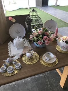 Tea party presents table