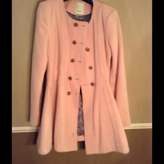 ⚡SALE⚡️NWTAnthropologie Pink Rose Wool Pea Coat Anthropologie Pink Rose Wool Pea Coat - gorgeous fit and color! I saved the tag and extra buttons for you, just needs to be dry cleaned. Worn out a few date nights last winter! Love love love this coat, if anyone wants to trade and has it in a 0 or 2 or any trades, I'd be willing to part with this! Anthropologie Jackets & Coats Pea Coats