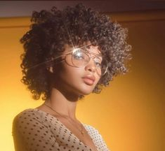 Image about fashion in Black Girl Aesthetic by queen_eni Pretty People, Beautiful People, Curly Hair Styles, Natural Hair Styles, Black Curls, Black Girl Aesthetic, Aesthetic People, Girls With Glasses, Girl Glasses