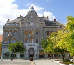 Category:Former savings bank building, Szombathely Banks Building, City People, Savings Bank, Wikimedia Commons, Czech Republic, Budapest, Cities, Landscapes, Explore