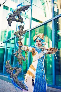 One more photo showing off my Ley Line longbow with my @GuildWars2 Asura cosplay, shot by EBK!