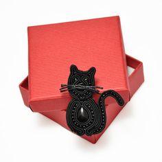 Cat brooch soutache jewelry black cat pin animal by PikLusSoutache