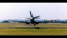 The lowest pass I ever saw : aviation Ww2 Aircraft, Fighter Aircraft, Military Aircraft, Fighter Jets, Aviation Humor, Aviation Art, Spitfire Supermarine, The Spitfires, Ww2 Planes