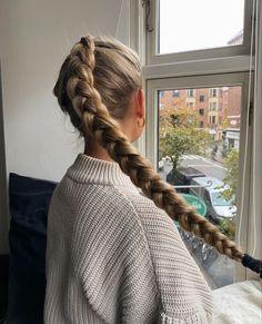 Hair Inspo, Hair Inspiration, Aesthetic Hair, Bad Hair, Hair Dos, Gorgeous Hair, Pretty Hairstyles, Hair Beauty, Long Hair Styles