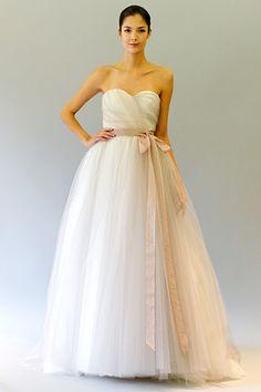 Carolina Herrera white sweetheart ballgown #wedding dress. So simple and classy!
