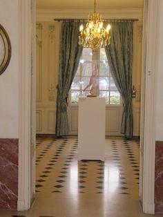 Musée Lambinet Entryway