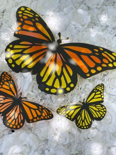 Excited to share this item from my #etsy shop: Large paper Monarch, Butterflies party prop , butterfly prop, great for baby showers or other decor options . Butterfly Party, Monarch Butterfly, Giant Paper Flowers, Party Props, Baby Showers, Butterflies, Etsy Shop, Unique Jewelry, Handmade Gifts
