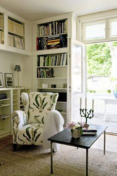 - K - The embroidered fern fabric on the chair is fantastic!, k