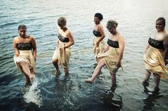 Bridesmaid's fun! Trash The Dress... Would have loved to do this with my bridesmaids! wedding Repinned by Moments Photography www.MomentPho.com