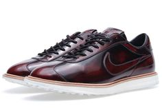 "Nike's Smart Casual: finely crafted from premium leather, the Nike 1972 QS revisits one of Nike's oldest designs, the so-called ""Moon Shoe"" that went to athletes trying out at the 1972 US Olympic Track & Field Trials. In burnished brown finish polished to a shine and accompanied with a tonal Nike Swoosh in leather, a Goodyear welt and waffle sole complete this newest iteration of 1972. Available starting this weekend exclusively through Nike ""quickstrike"" accounts worldwide..."""