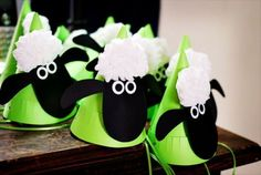 In anticipation to the launch of the Shaun the Sheep movie, we have put together some party ideas to get your little one and their friends baartying away. Decorating can be as simple as printing off Shaun the Sheep motifs and expanding them to a larger size and cutting them out and sticking them on the fence or walls. #shaunthesheep #birthdayparty #party #decorations