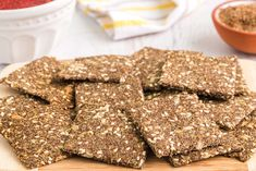 Healthy Crackers, Homemade Crackers, Make Your Own Crackers, Balance Hormones Naturally, Tempeh Bacon, Vegan Appetizers, 2 Ingredients, Vegan Recipes, Vegan Foods