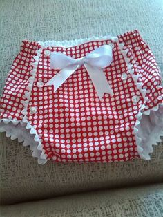 Baby diaper cover-so cute!- Baby diaper cover-so cute! Baby diaper cover-so cute! Sewing For Kids, Baby Sewing, Sewing Diy, Fashion Kids, Babies Fashion, Sewing Clothes, Doll Clothes, Baby Outfits, Kids Outfits