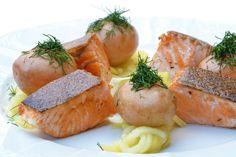 Traditionell am Freitag ein leckeres Fischgericht: Seelachsfilet auf Mangold😊 👉 https://www.kraftplatz.gmbh/blog/seelachsfilet-auf-mangold