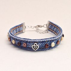 Brown Perline Bracciale Bracciale Denim blu Jean Upcycled
