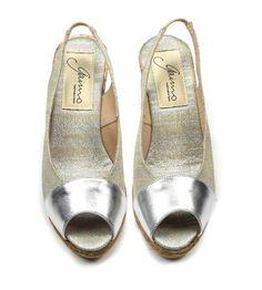 Gaimo - Van den Assem Schoenen #newarrival #ss15 #gaimo #sundaylounge http://www.assem.nl/schoenen/damesschoenen/sandalen/van-den-assem-by-gaimo/zilver/gon/1510.92.108800/