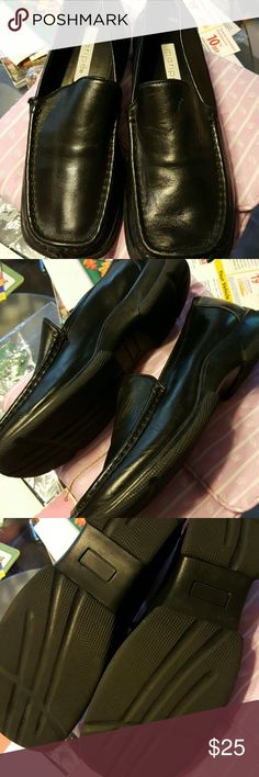 Black leather loafers size 8 1/2 Black leather loafers size 8 1/2 med marine brand like new great condition maripe Shoes Flats & Loafers