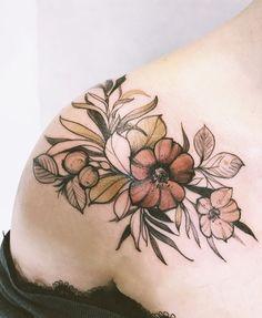Magdalena Pliszka flower tattoo