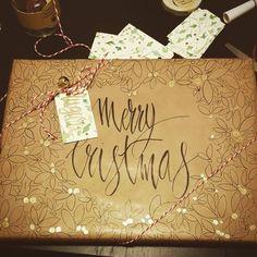 """Mi piace"": 4, commenti: 1 - Annalisa Berruti (@annalisaberruti) su Instagram: ""A thought form the heart. Santa loves art. #wrapping #handmadewrappingpaper #christmaswrapping #xmas"""