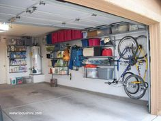 Cheap way to organize your garage. How to organize your garage like a pro. Learn how to organize your garage with shelving and wall storage with directions, videos and advice. Small Garage Organization, Garage Wall Organizer, Garage Wall Storage, Garage Storage Solutions, Garage Shelving, Garage Shelf, Storage Ideas, Organization Ideas, Garage Workbench