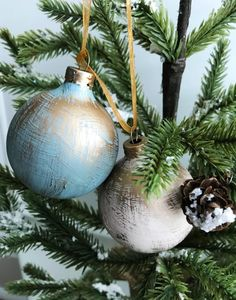 Hand Painted Golden Glam Christmas Ornament - The Chelsea Project Farmhouse Christmas Ornaments, Wooden Christmas Decorations, Handmade Christmas Tree, Christmas Ornaments To Make, Easy Christmas Crafts, Diy Christmas Ornaments, Christmas Angels, Christmas Ideas, Merry Christmas