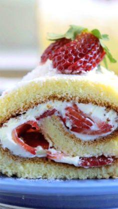 Cake nature fast and easy - Clean Eating Snacks Mini Desserts, Dessert Recipes, Strawberry Shortcake Recipes, Hazelnut Cake, Holiday Cakes, Savoury Cake, Food Cakes, Mini Cakes, Clean Eating Snacks