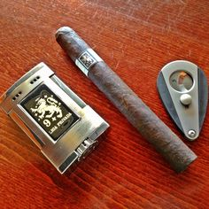 www.NeptuneCigar.com Father's Day Ideas
