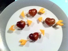 Grape and Cheese hearts. Easy and healthy!