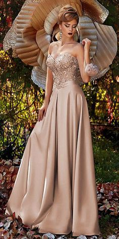 Splendid Satin Sweetheart Neckline A-line Prom Dress With 3D Beaded Lace Appliques & Sash